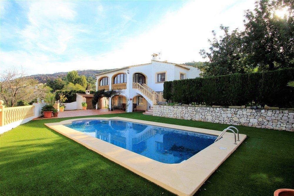 6 Bedroom Villa in Benitachell