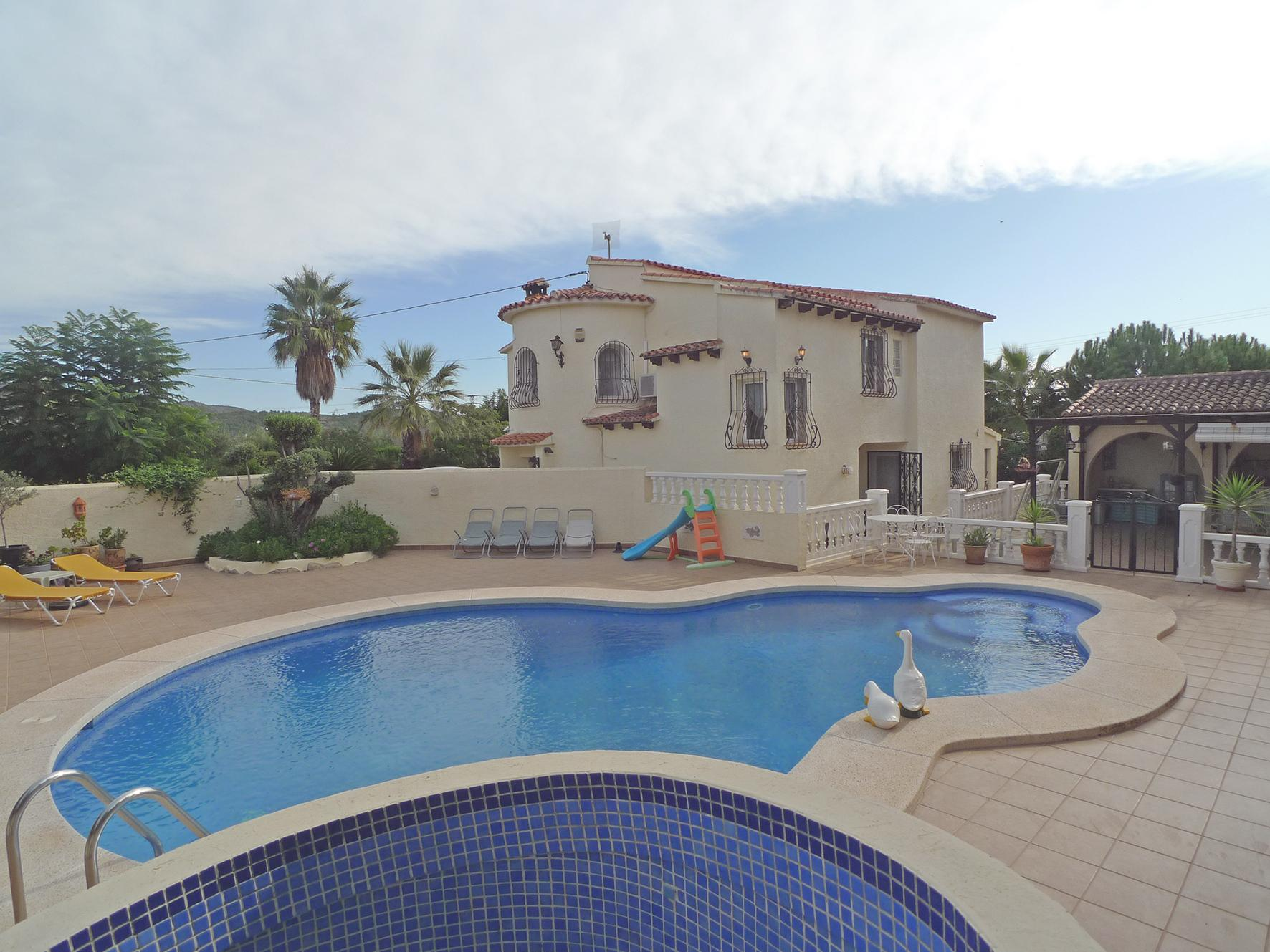 5 Bedroom Villa in Jalon