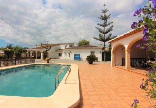 5 Bedroom Villa in Javea