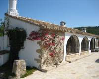2 Bedroom Finca / Country House in Jalon