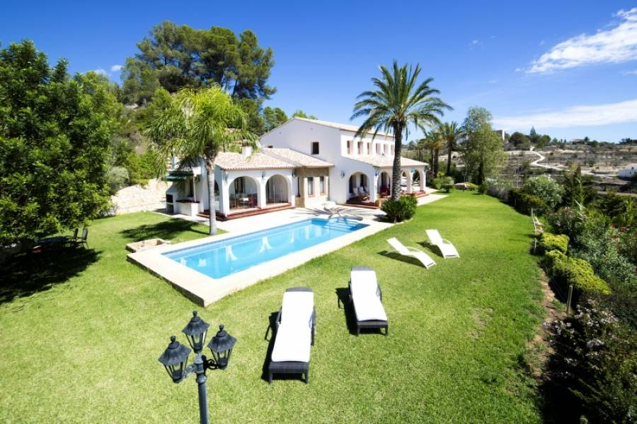 6 Bedroom Country House in Benissa Costa