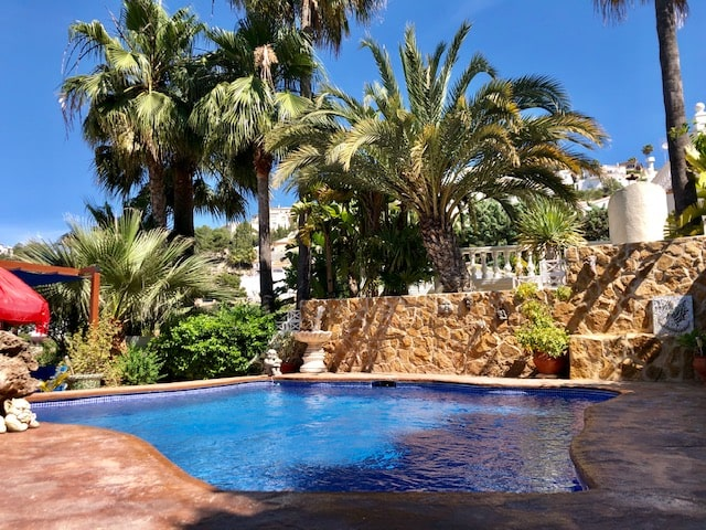 3 Bedroom Villa in El Portet