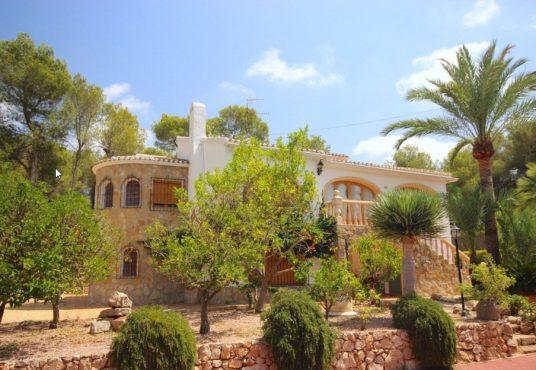 6 Bedroom Villa in Javea