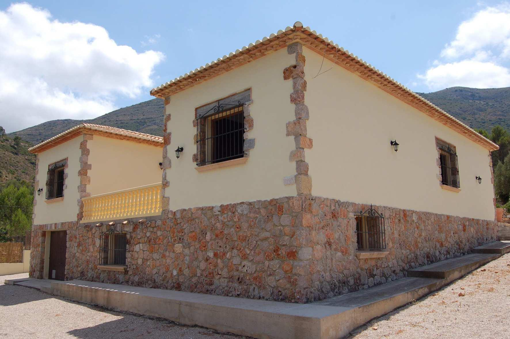 3 Bedroom Finca / Country House in Jalon