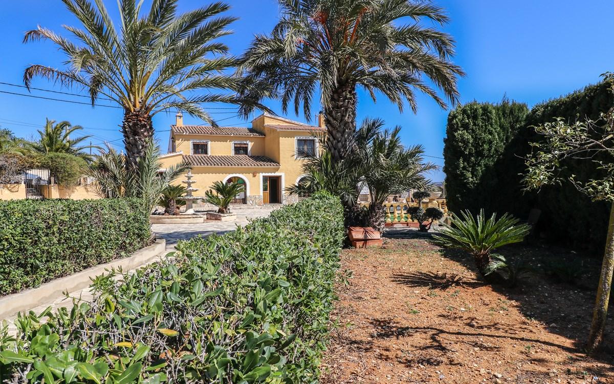 5 Bedroom Finca / Country House in Benissa Costa