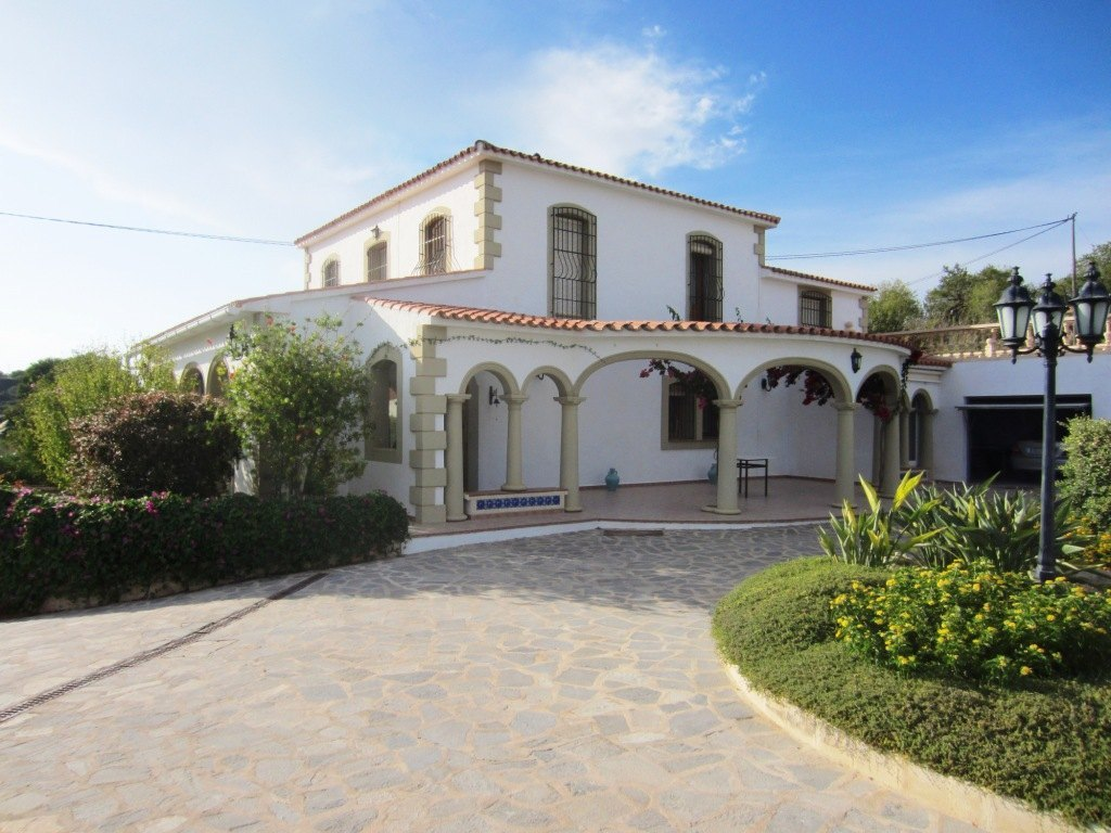 5 Bedroom Finca / Country House in Teulada