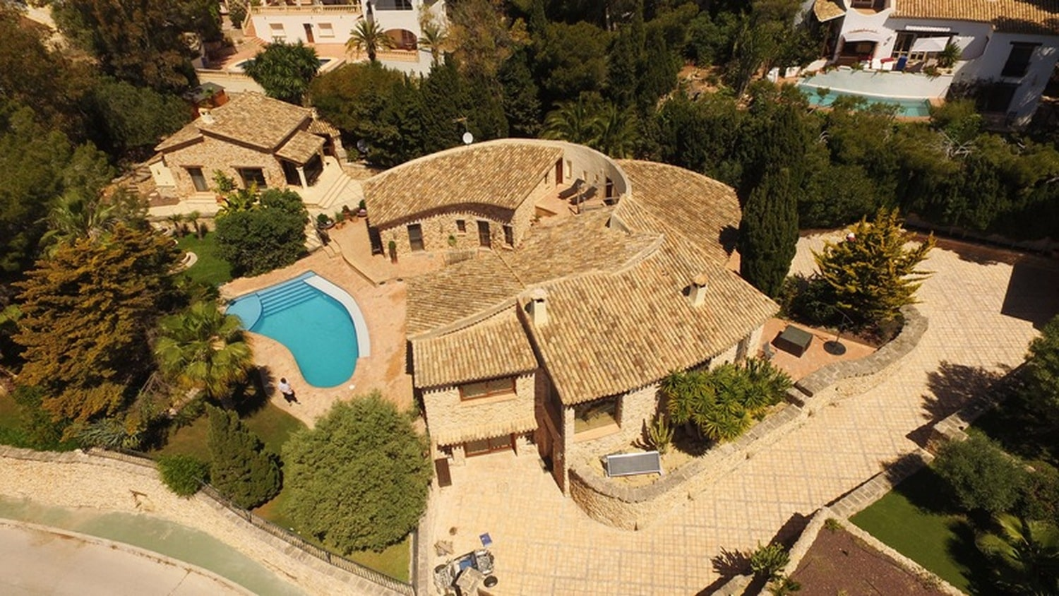 6 Bedroom Finca / Country House in Moraira