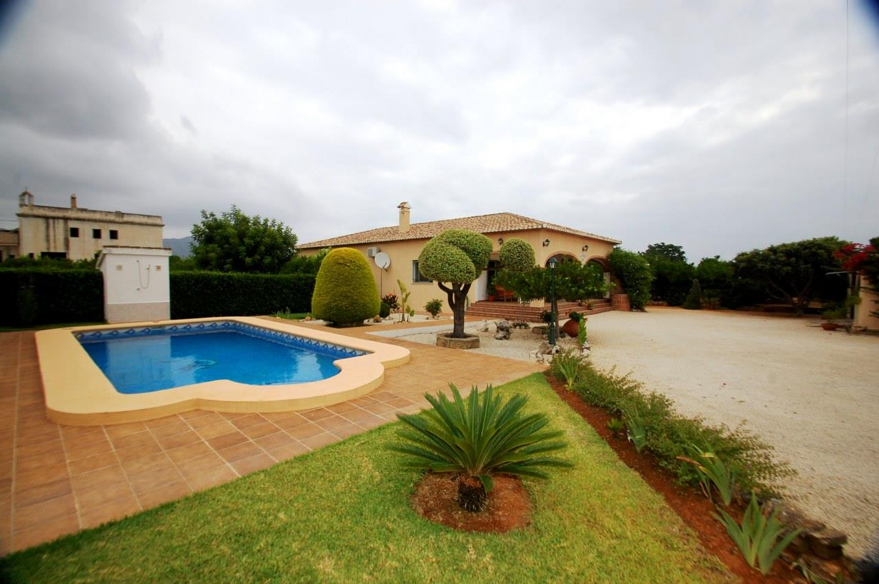 4 Bedroom Villa in Pedreguer