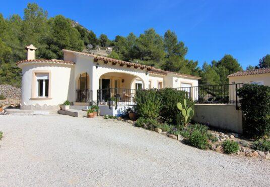 2 Bedroom Villa in Jalon