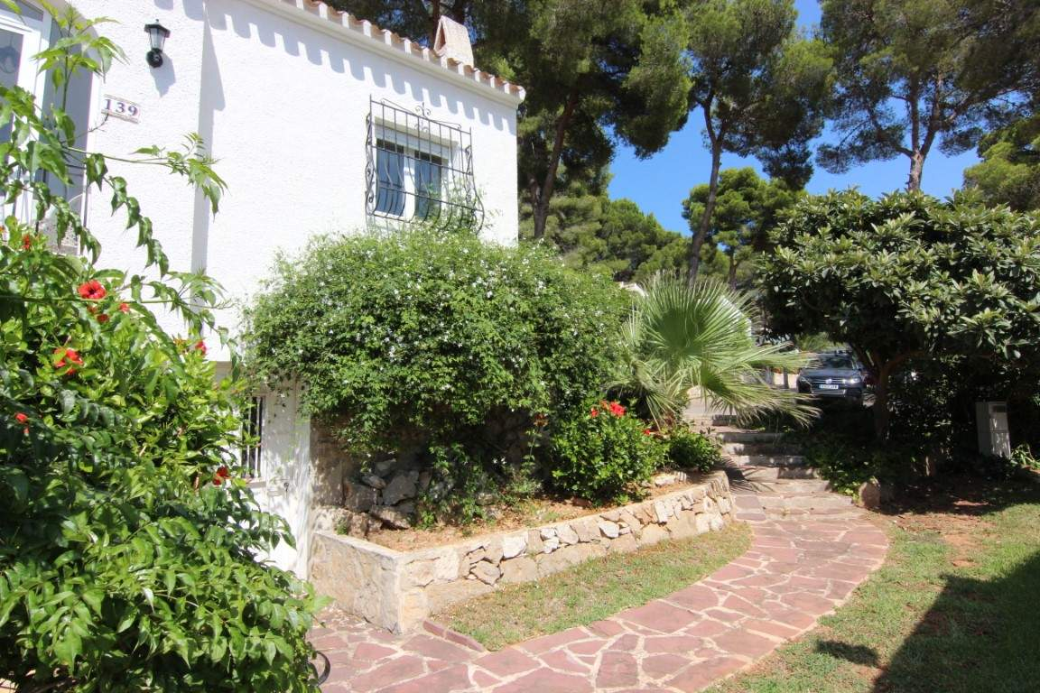 2 Bedroom Bungalow in Javea