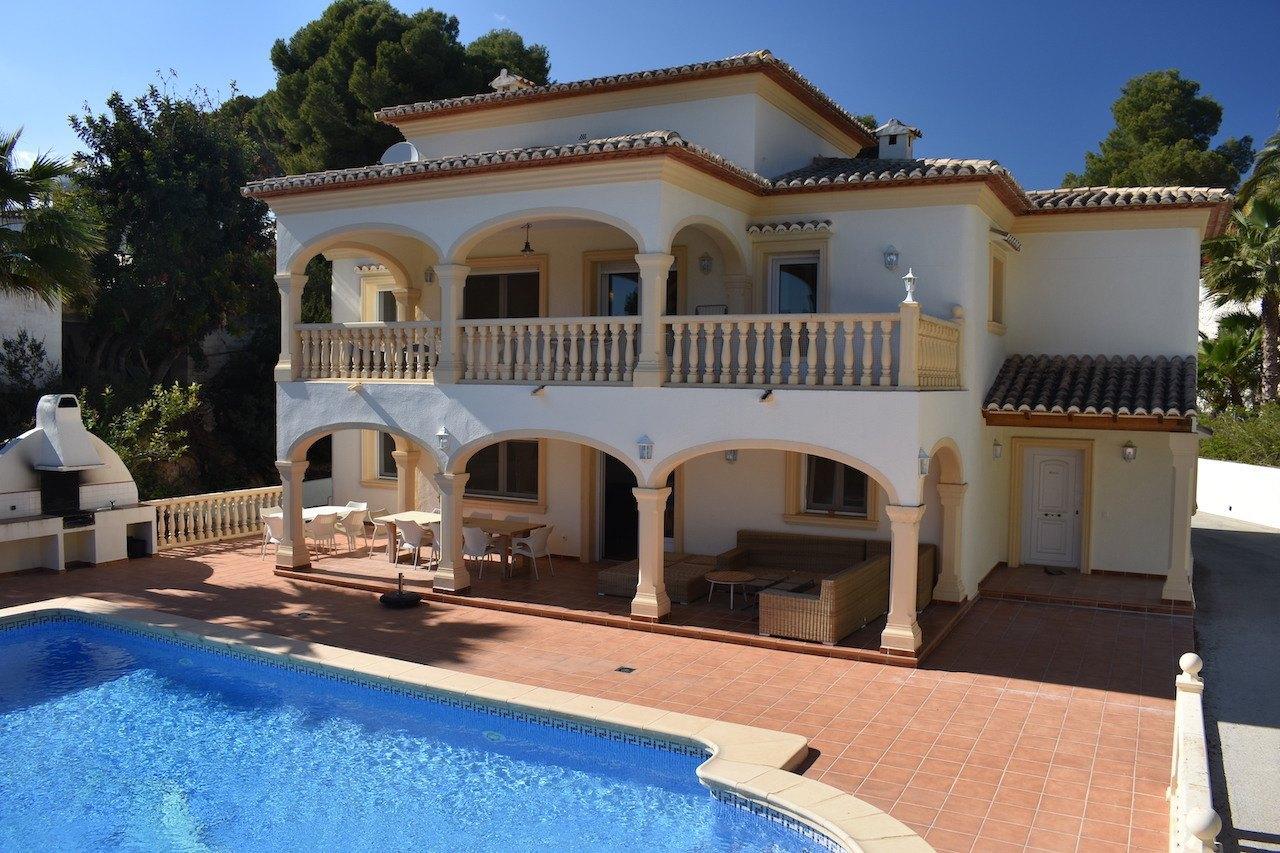 6 Bedroom Villa in Moraira