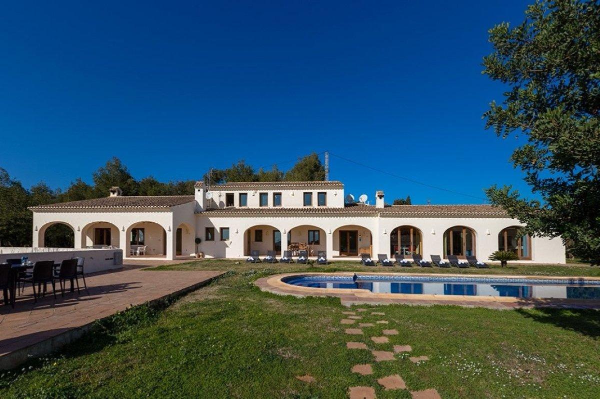 7 Bedroom Finca / Country House in Benissa Costa