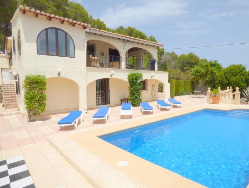 7 Bedroom Villa in Jalon