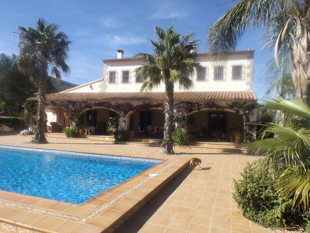 4 Bedroom Finca / Country House in Benissa