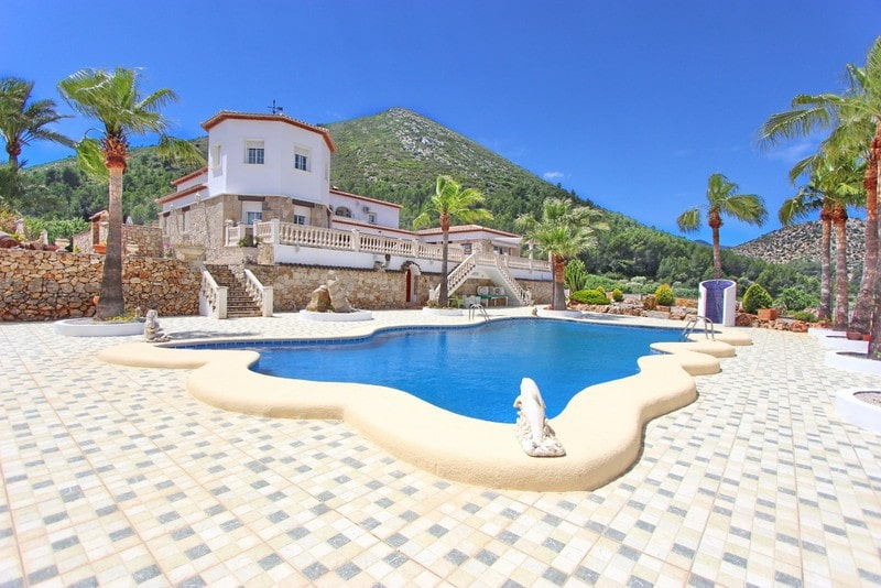 6 Bedroom Villa in Jalon