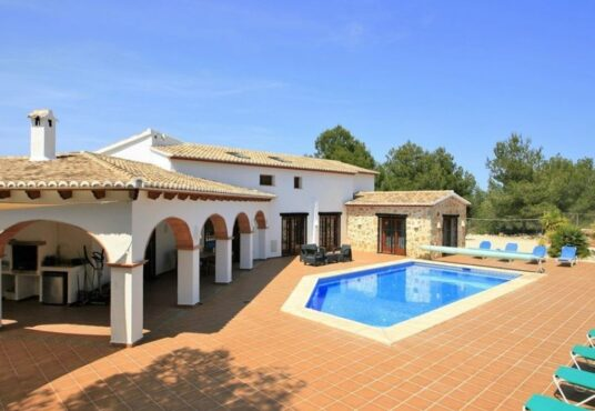 7 Bedroom Finca / Country House in Moraira