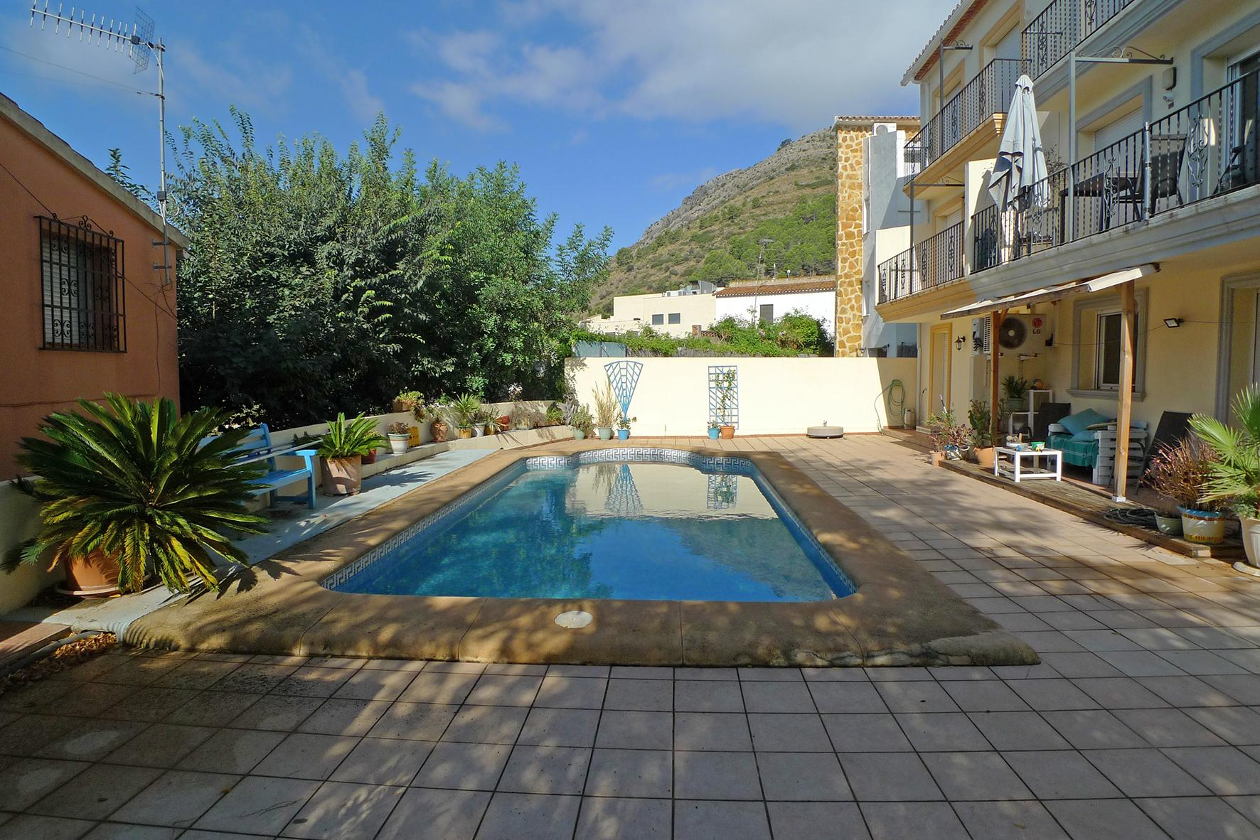 3 Bedroom Town house in Jalon