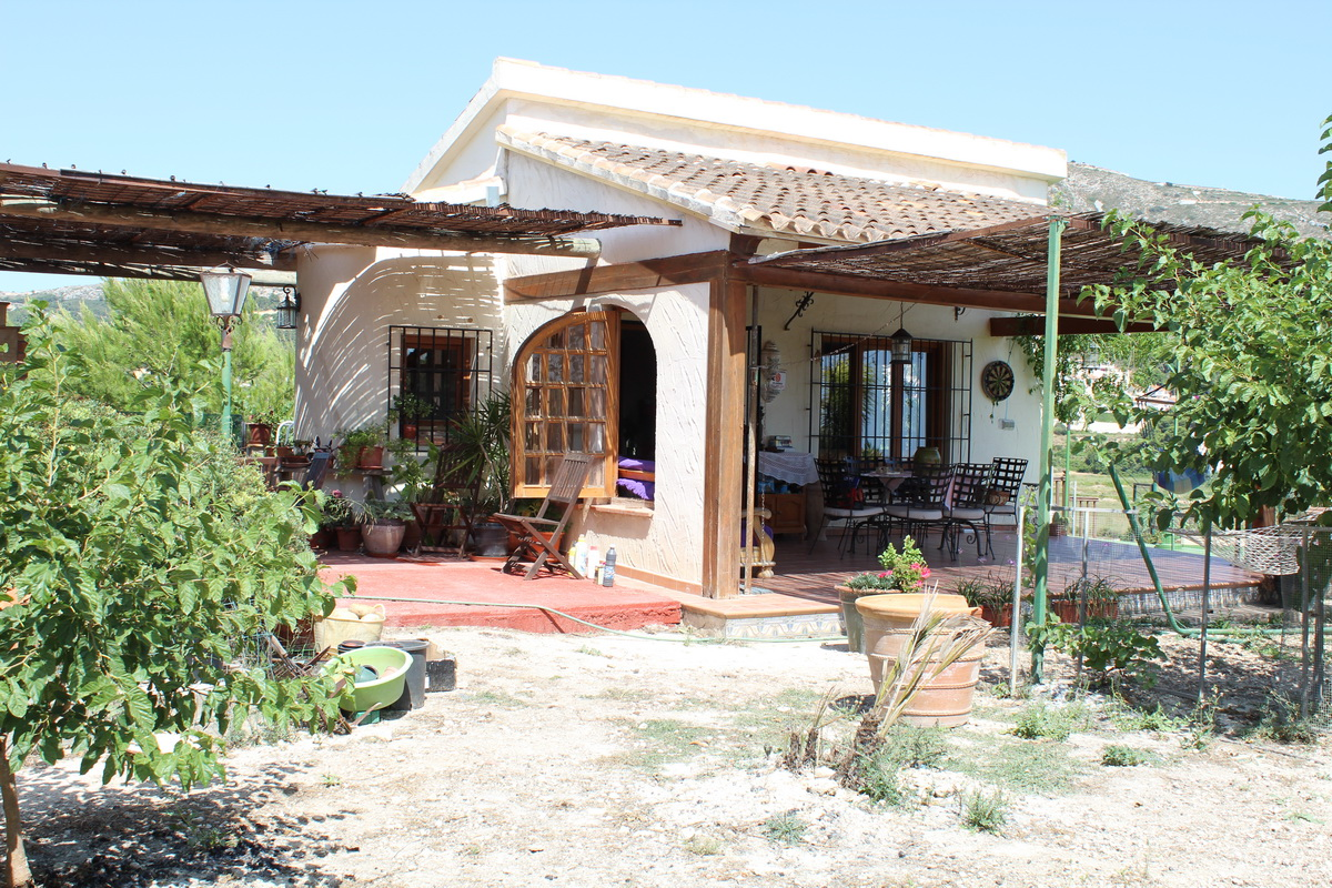 2 Bedroom Finca / Country House in Teulada