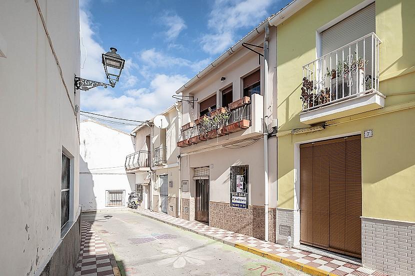 4 Bedroom Finca / Country House in Pedreguer