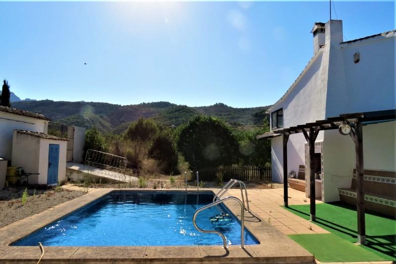 2 Bedroom Finca / Country House in Benissa