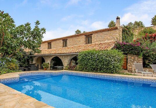 6 Bedroom Finca / Country House in Benissa