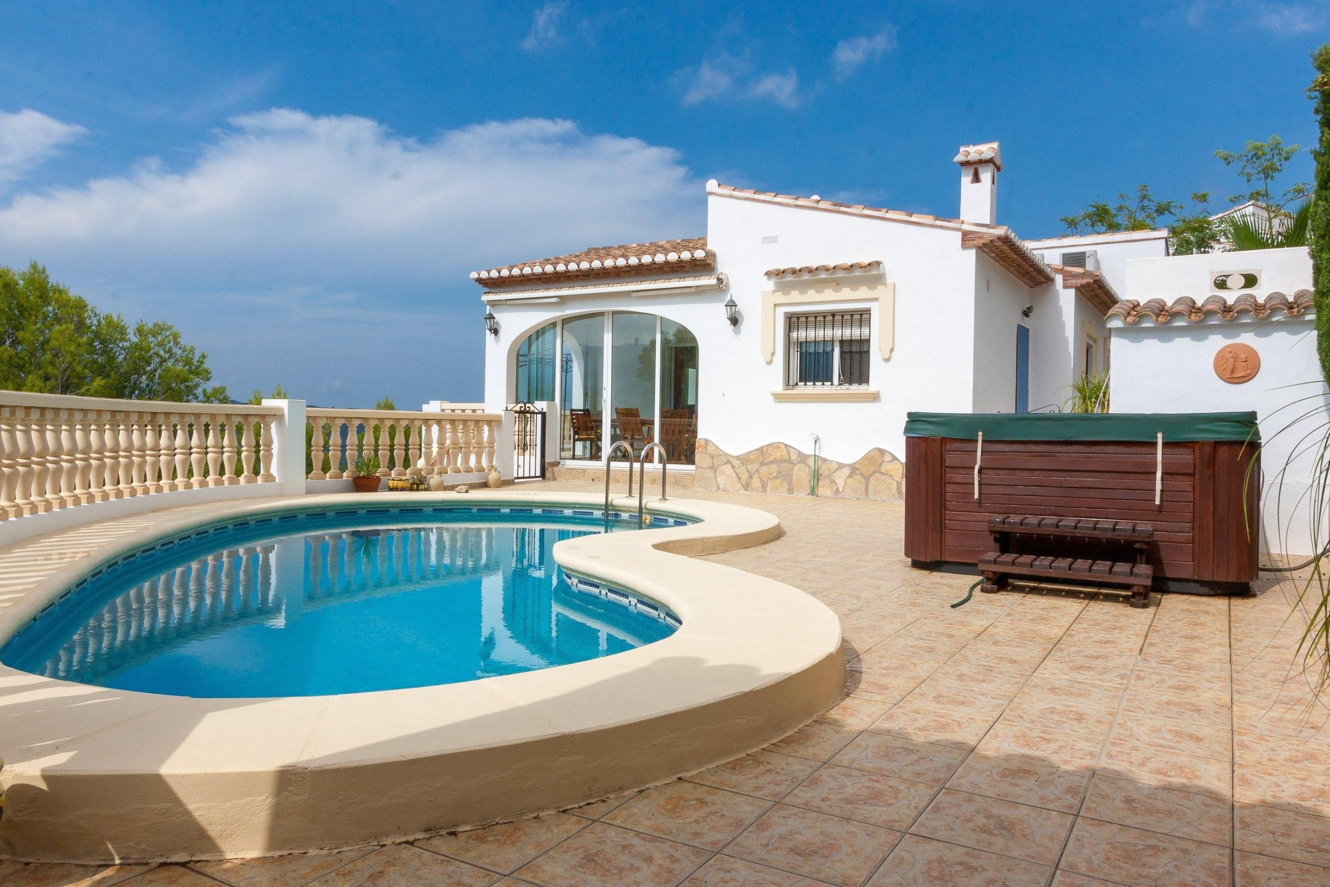 5 Bedroom Villa in Orba